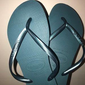 Havaianas Shoes - Havaianas NWOT teal 9